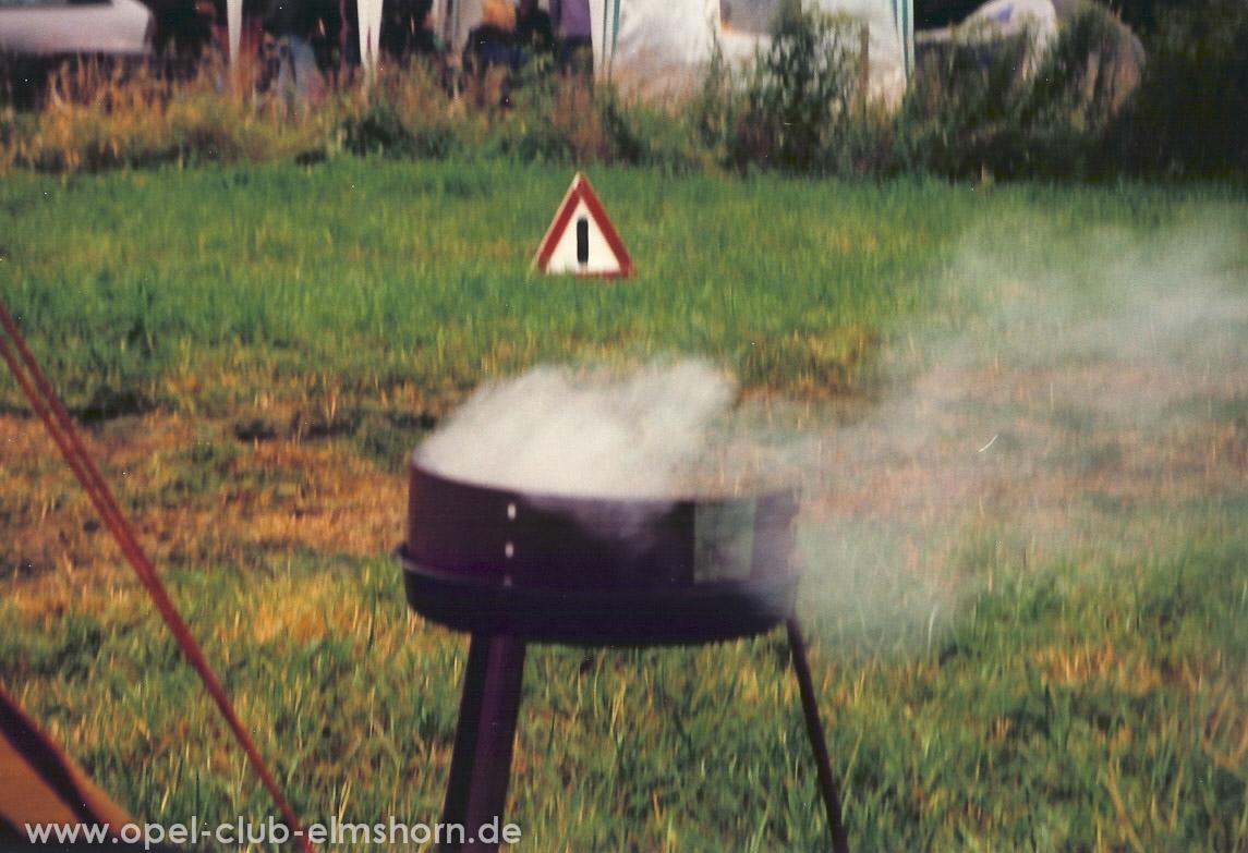Leer-2001-0021-Achtung-Griller