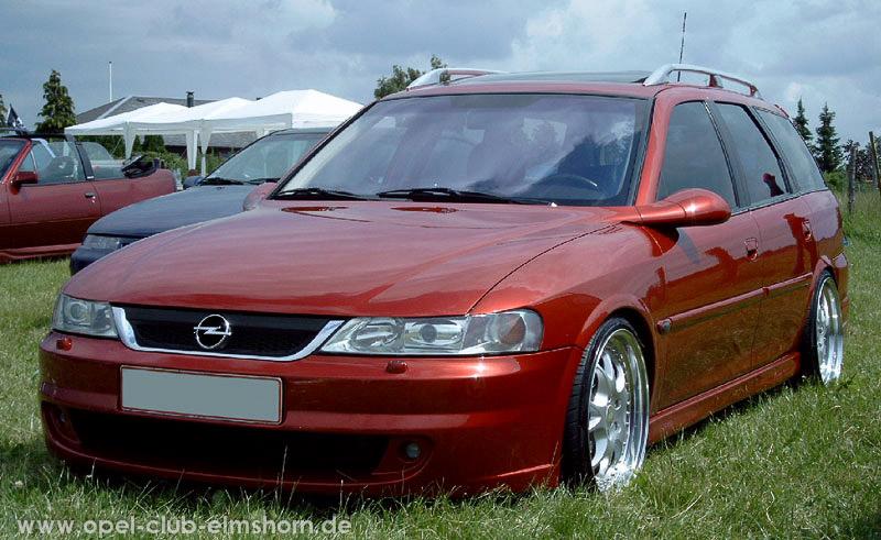Gelsted-2006-0059-Vectra-B-Caravan