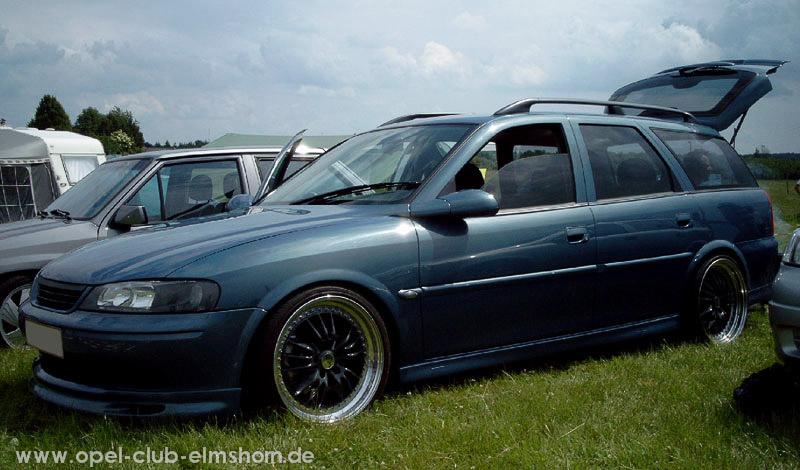 Gelsted-2006-0060-Vectra-B-Caravan