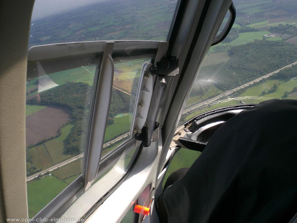 Hubschrauberrundflug 2006 - 20061007_130018 - Die A23 höhe Elmshorn