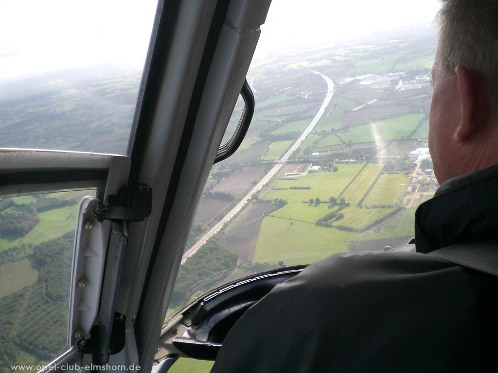 Hubschrauberrundflug 2006 - 20061007_130024 - Die A23 höhe Elmshorn