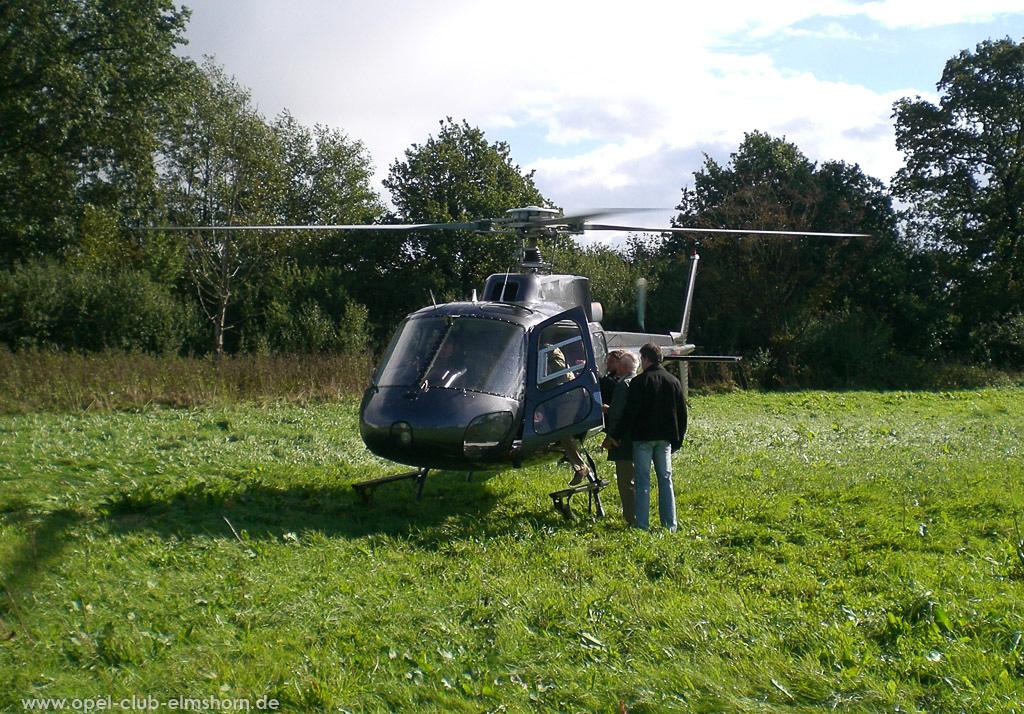 Hubschrauberrundflug 2006 - 20061007_130332 - Unser Transportmittel