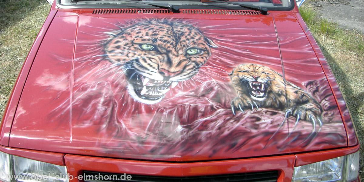 Perleberg-2008-0021-Airbrush-auf-Corsa-A-Motorhaube