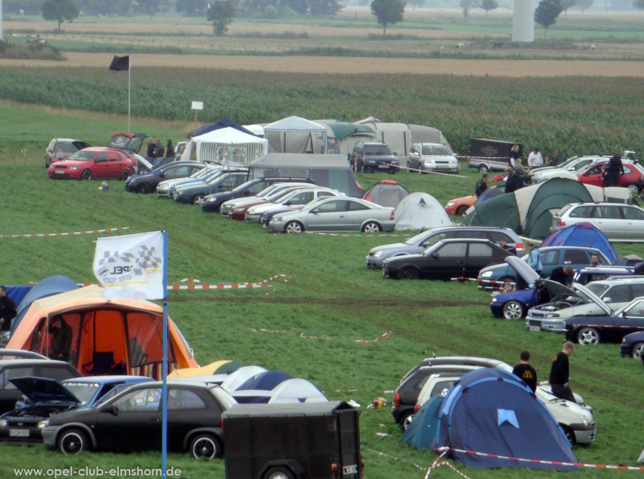 Opeltreffen Brunsbüttel Funmakers 2008 - 20080719_131153 - Da hinten stehen wir