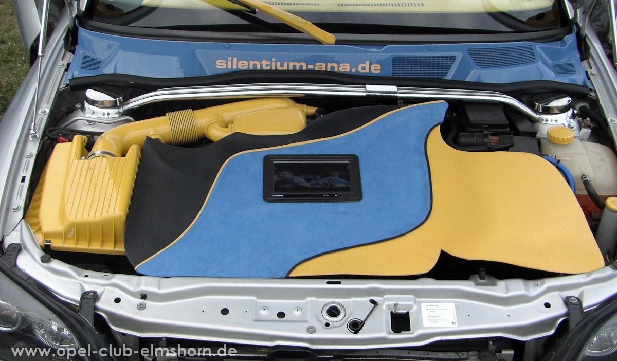 Boltenhagen-2008-0115-Astra-G-Motorraum