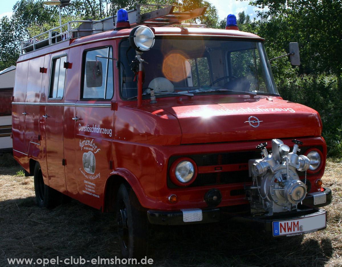 Boltenhagen-2010-0028-Blitz-Feuerwehr