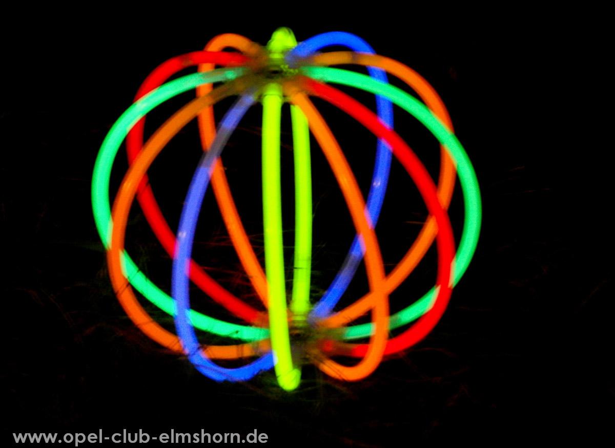 Boltenhagen-2011-0025-Knicklichtball