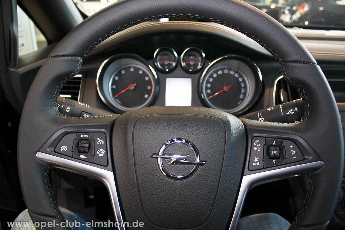 0016-Opel-Cascada-Cockpit