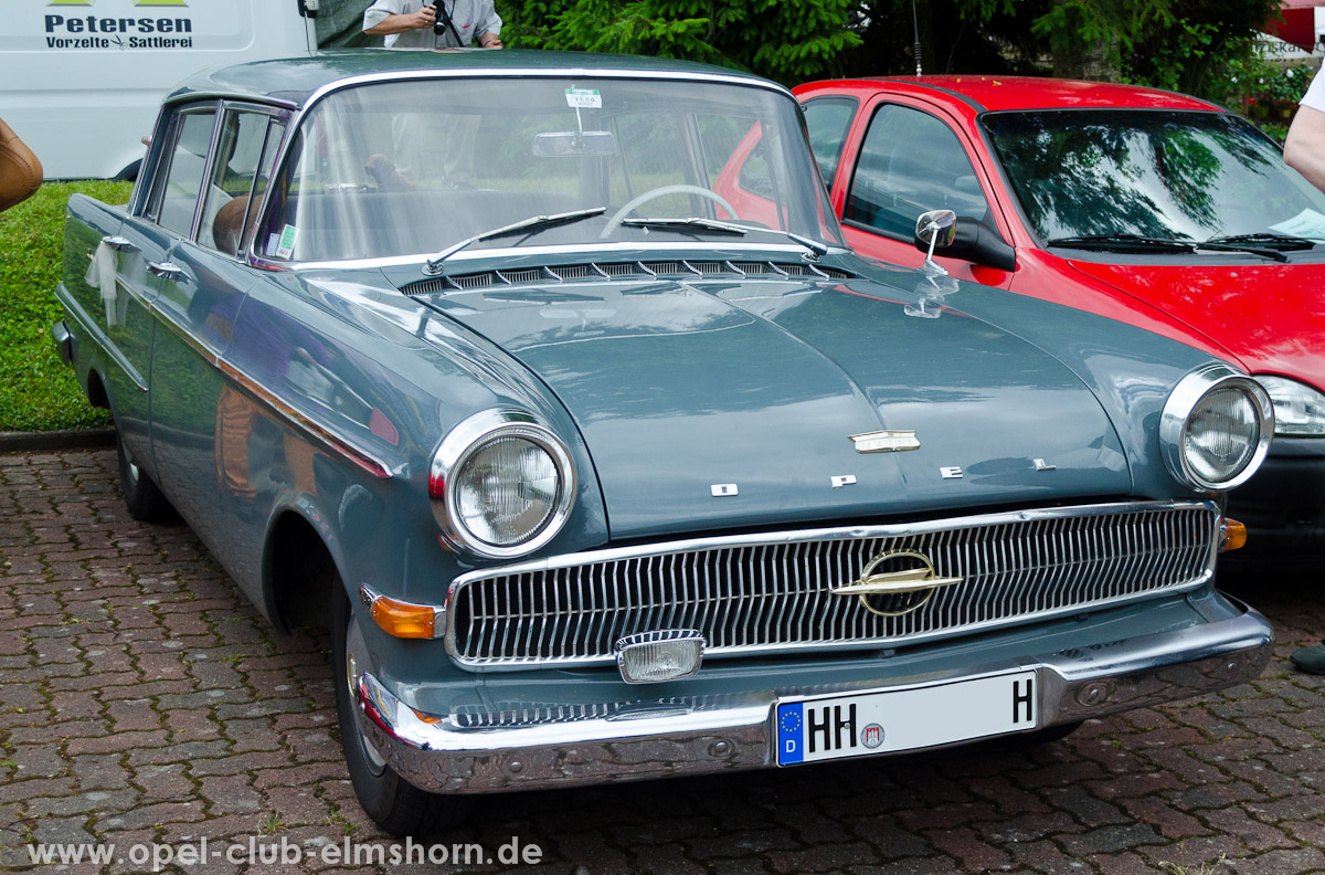 Trappenkamp-2013-0064-Opel-Kapitaen