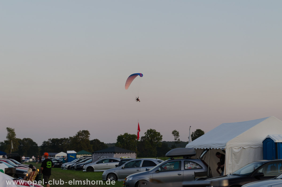 Hasenmoor-2013-0104-Paraglider