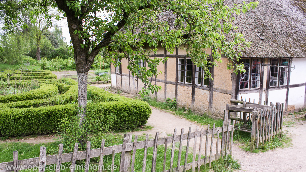 Rosengarten-2014-0029-Museumsgelaende