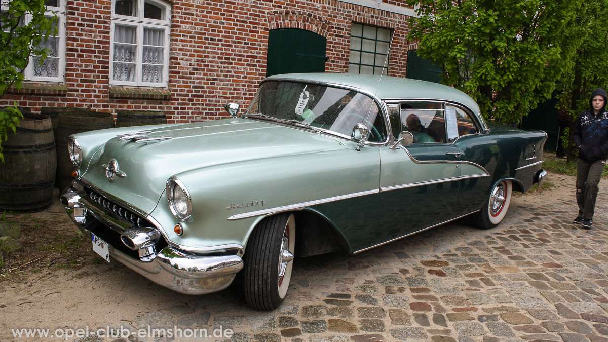 Rosengarten-2014-0104-Oldsmobile-Rocket-88-Holiday-
