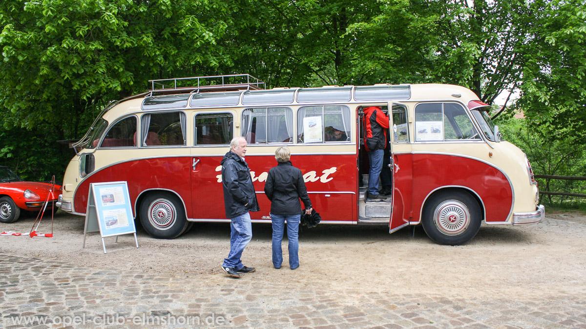 Rosengarten-2014-0127-SETRA-S-8-Panoramabus