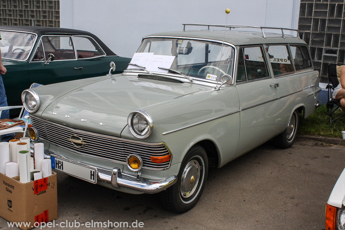 Hamburg-2014-0022-Opel-Rekord-P2-Caravan
