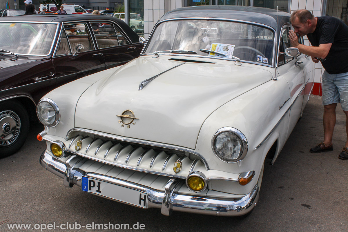Hamburg-2014-0134-Opel-Kapitaen