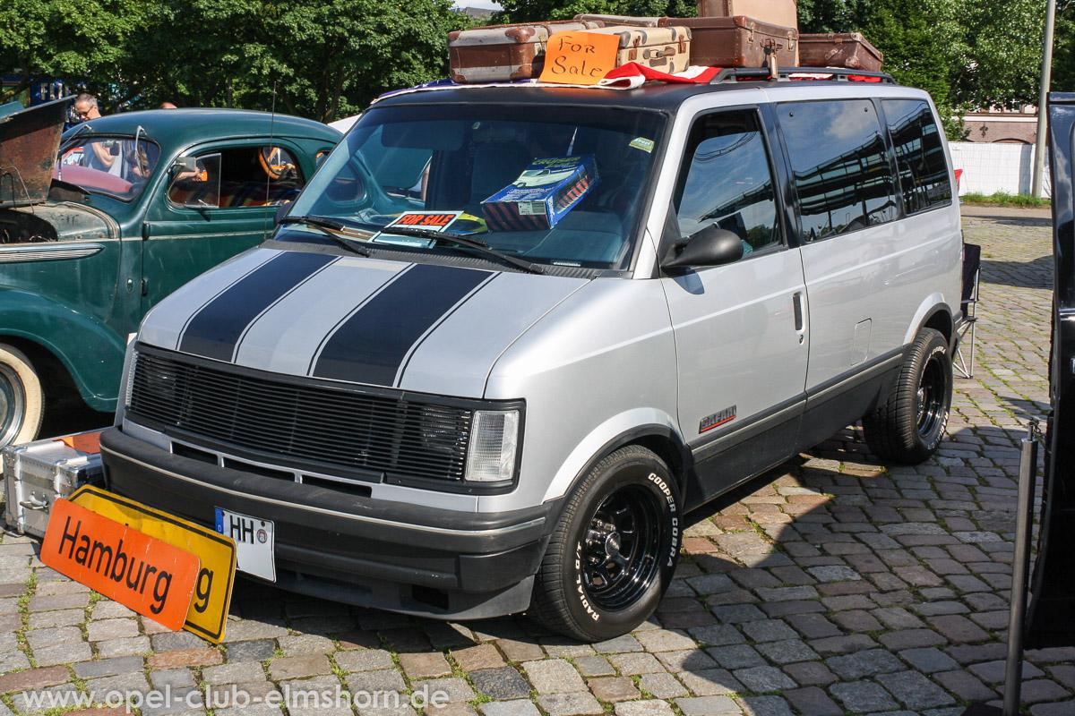 Street-Mag-Show-Hamburg-2014-0011-Chevrolet-Astro-Van