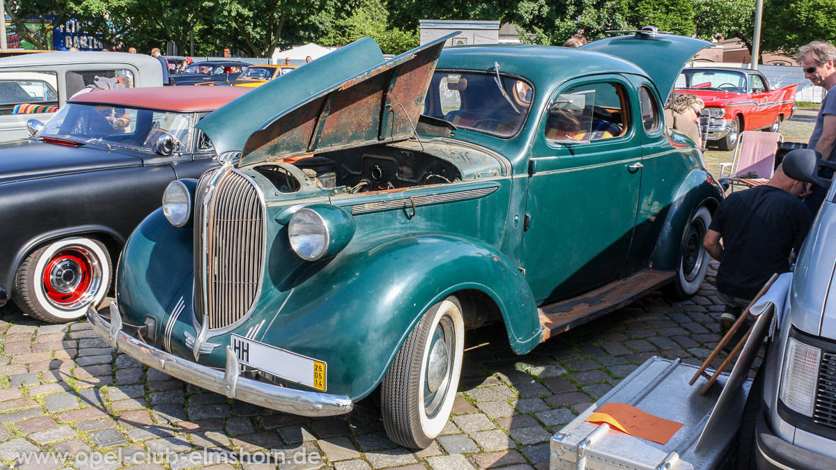 Street-Mag-Show-Hamburg-2014-0012-Plymouth-5-Window-Coupe
