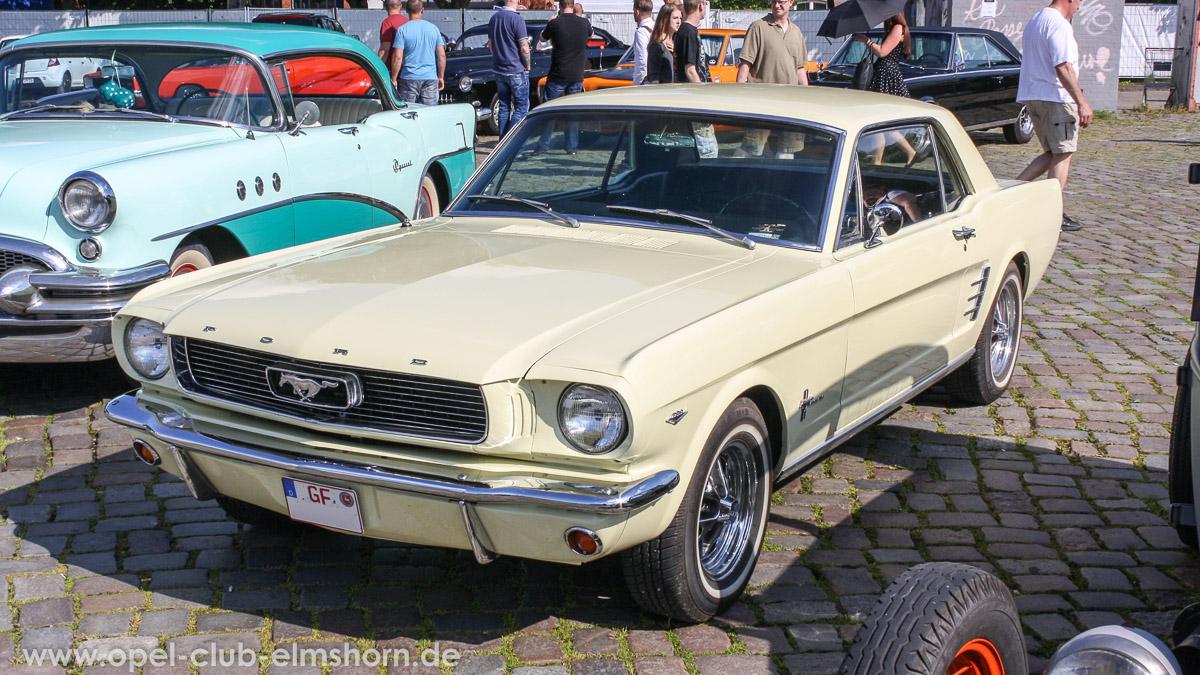Street-Mag-Show-Hamburg-2014-0017-Ford-Mustang