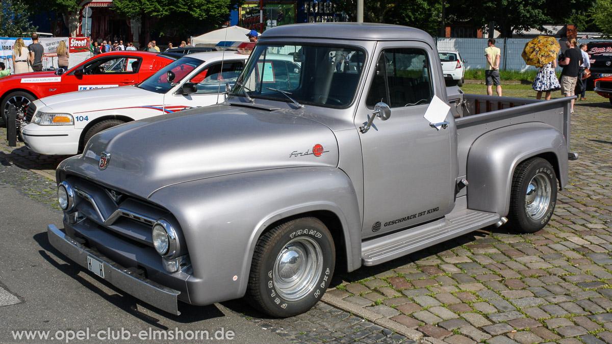 Street-Mag-Show-Hamburg-2014-0021-Ford-F100