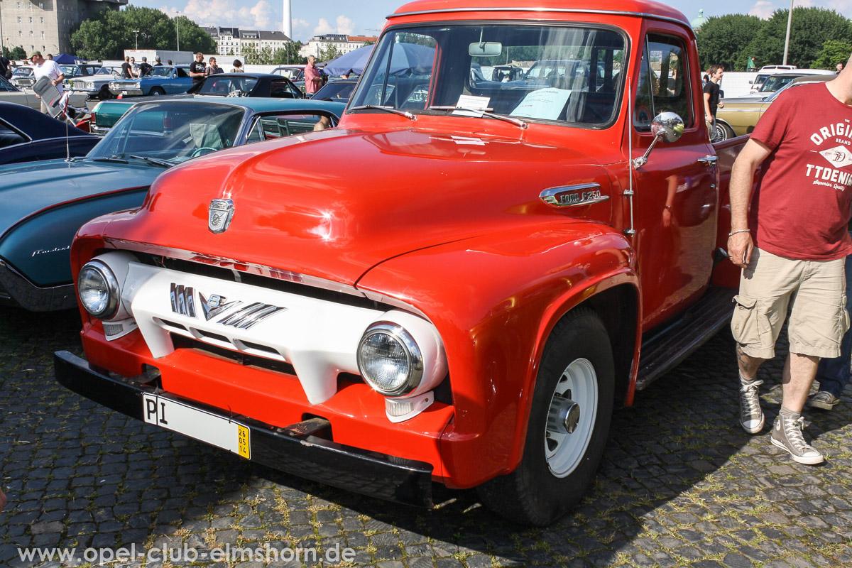 Street-Mag-Show-Hamburg-2014-0118-Ford-F250