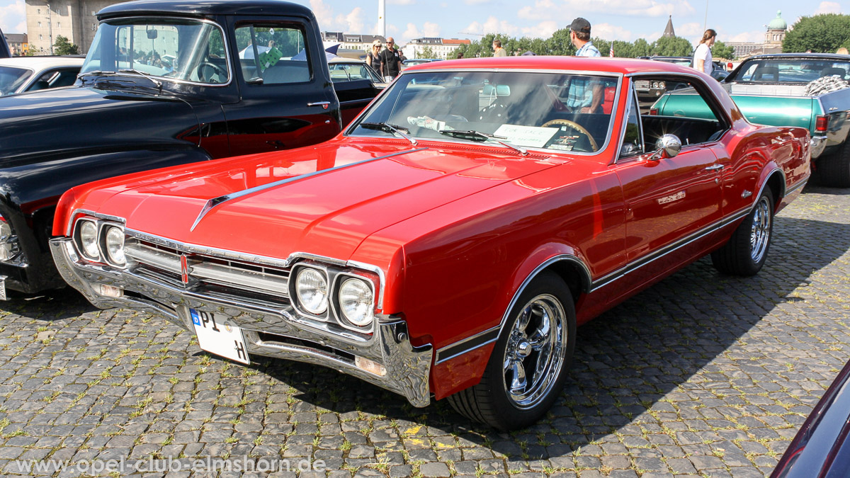 Street-Mag-Show-Hamburg-2014-0120-Oldsmobile-Cutlass