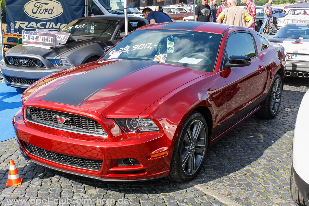 Street-Mag-Show-Hamburg-2014-0124-Ford-Mustang