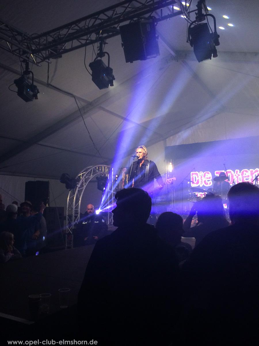 Boltenhagen-2015-0258-Die-Toten-aerzte-Konzert-im-Festzelt