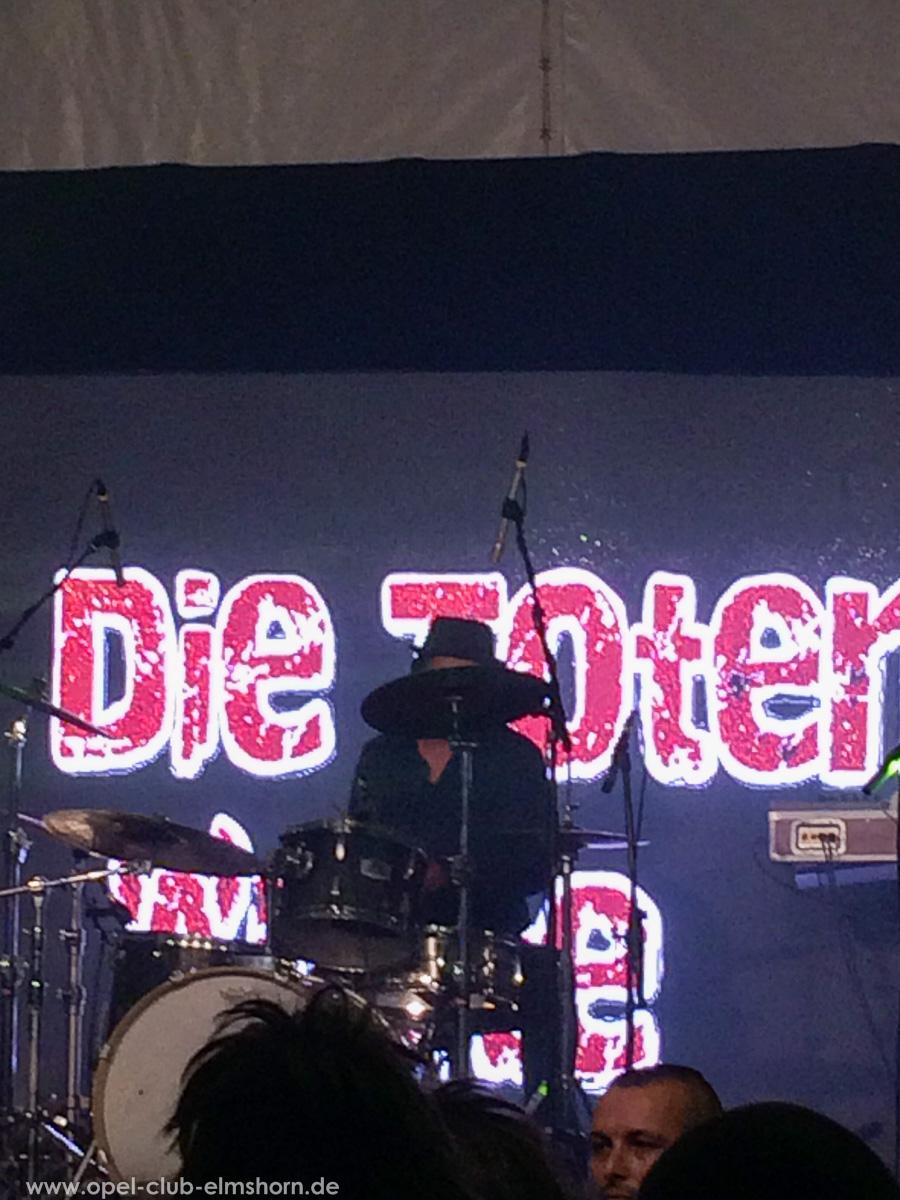 Boltenhagen-2015-0260-Die-Toten-aerzte-Konzert-im-Festzelt