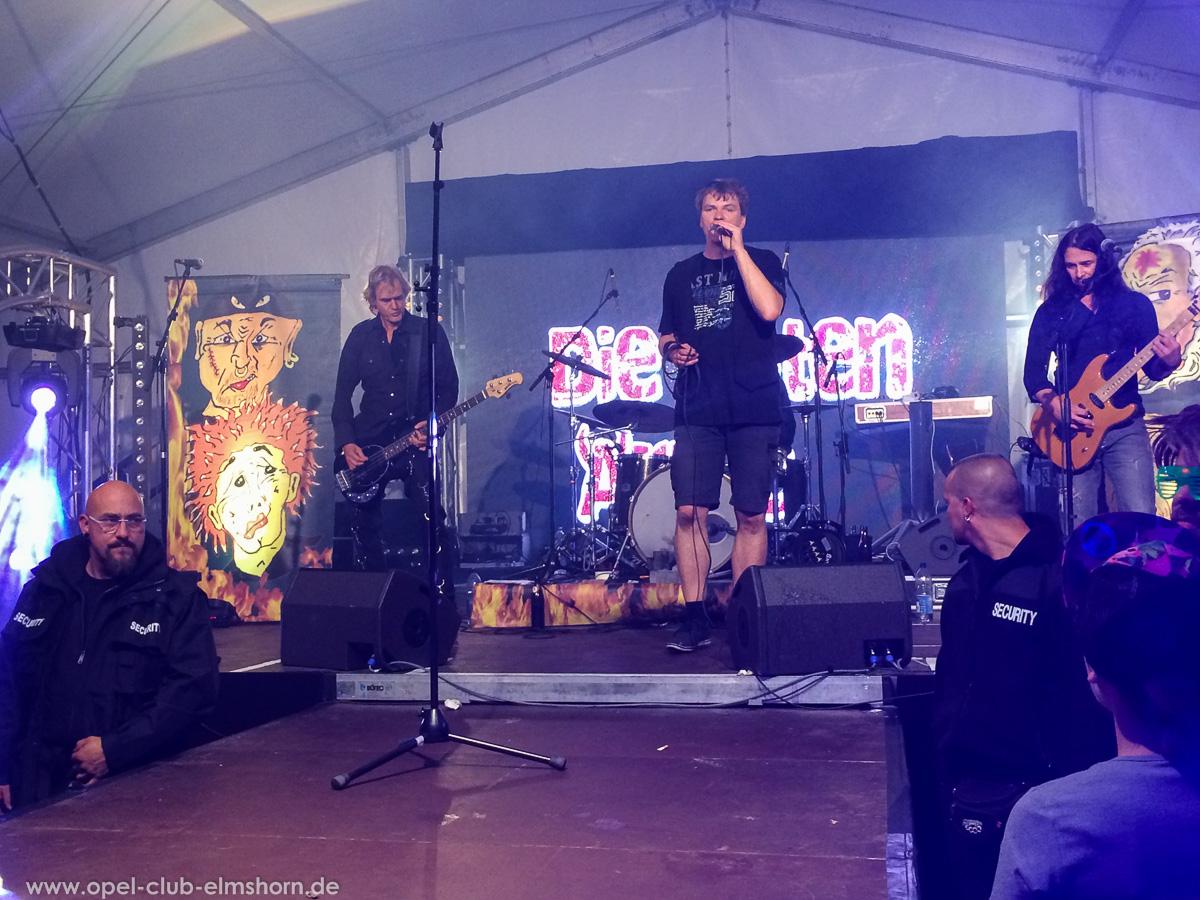 Boltenhagen-2015-0276-Die-Toten-aerzte-Konzert-im-Festzelt