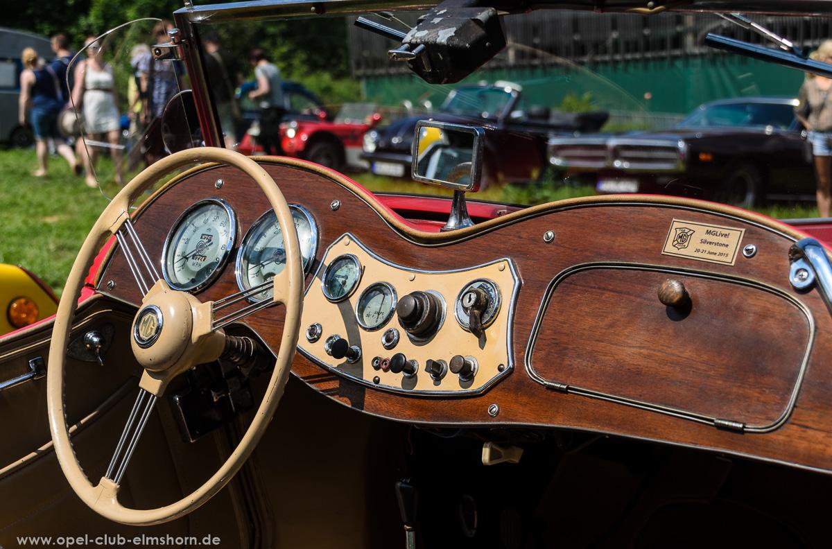 Oldtimertreffen-Rosengarten-Ehestorf-2016-20160605_134949-MG-TD-Cockpit