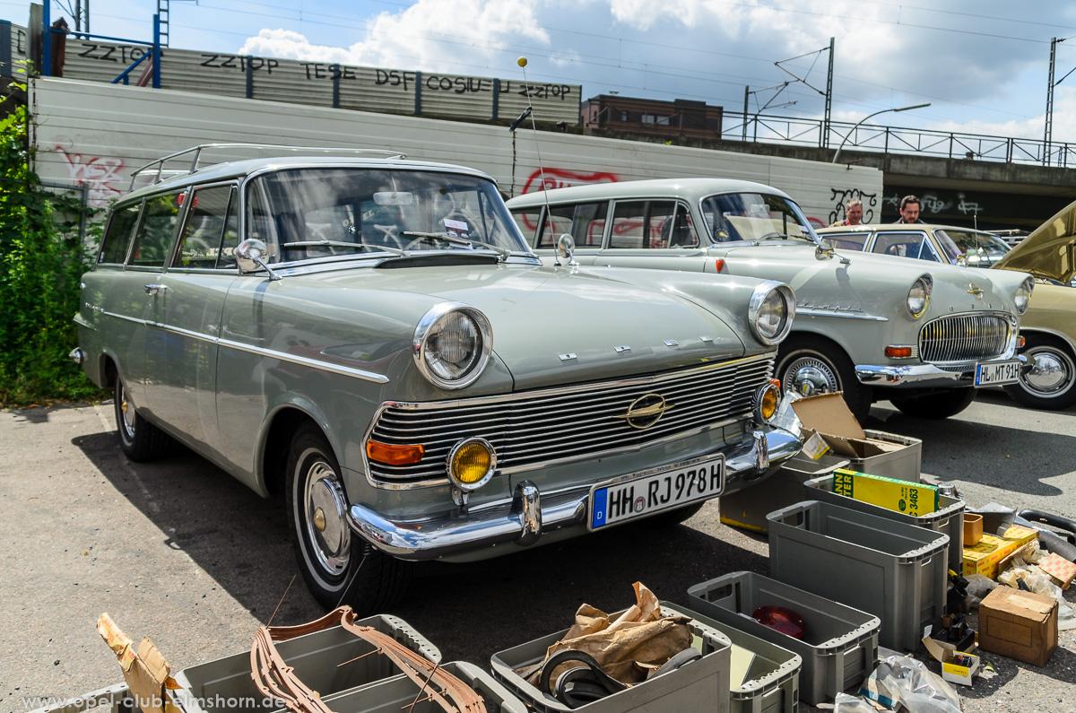 Altopeltreffen-Oldtimertankstelle-Hamburg-2016-20160709_114458-Opel-Rekord-P2-Caravan