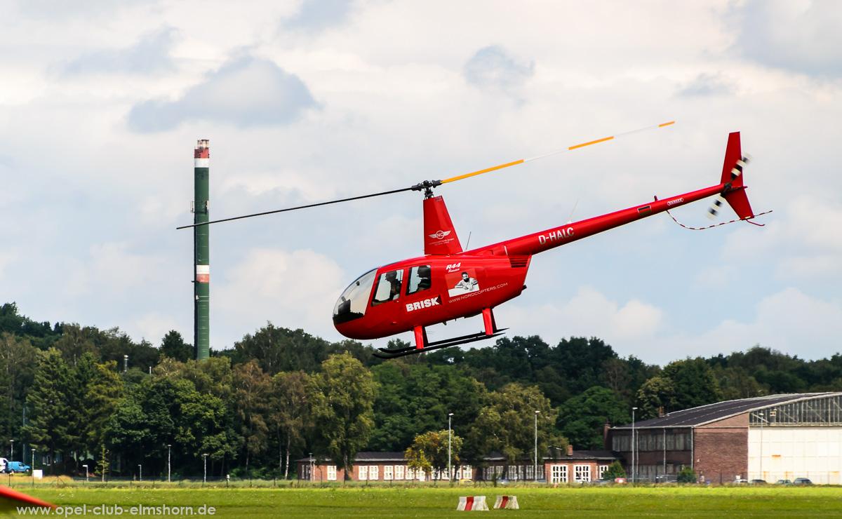 Wings-Wheels-2016-20160730_134809-Hubschrauber-Robinson-R44