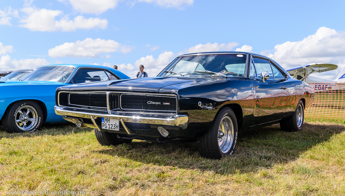 Wings-Wheels-2016-20160730_152128-Dodge-Charger