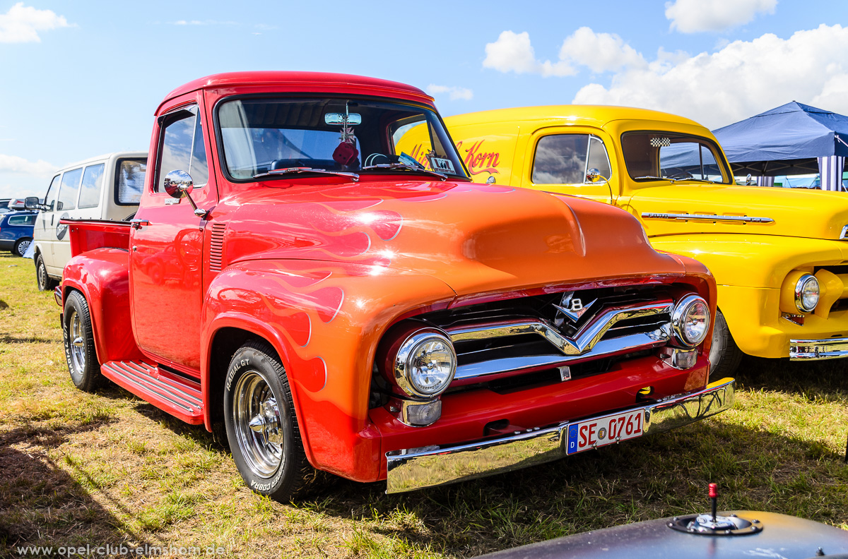 Wings-Wheels-2016-20160730_154147-Ford-F-100