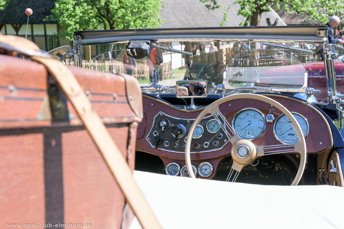 Oldtimertreffen-Rosengarten-2017-20170514_105408-MG-TD-Roadster-Cockpit
