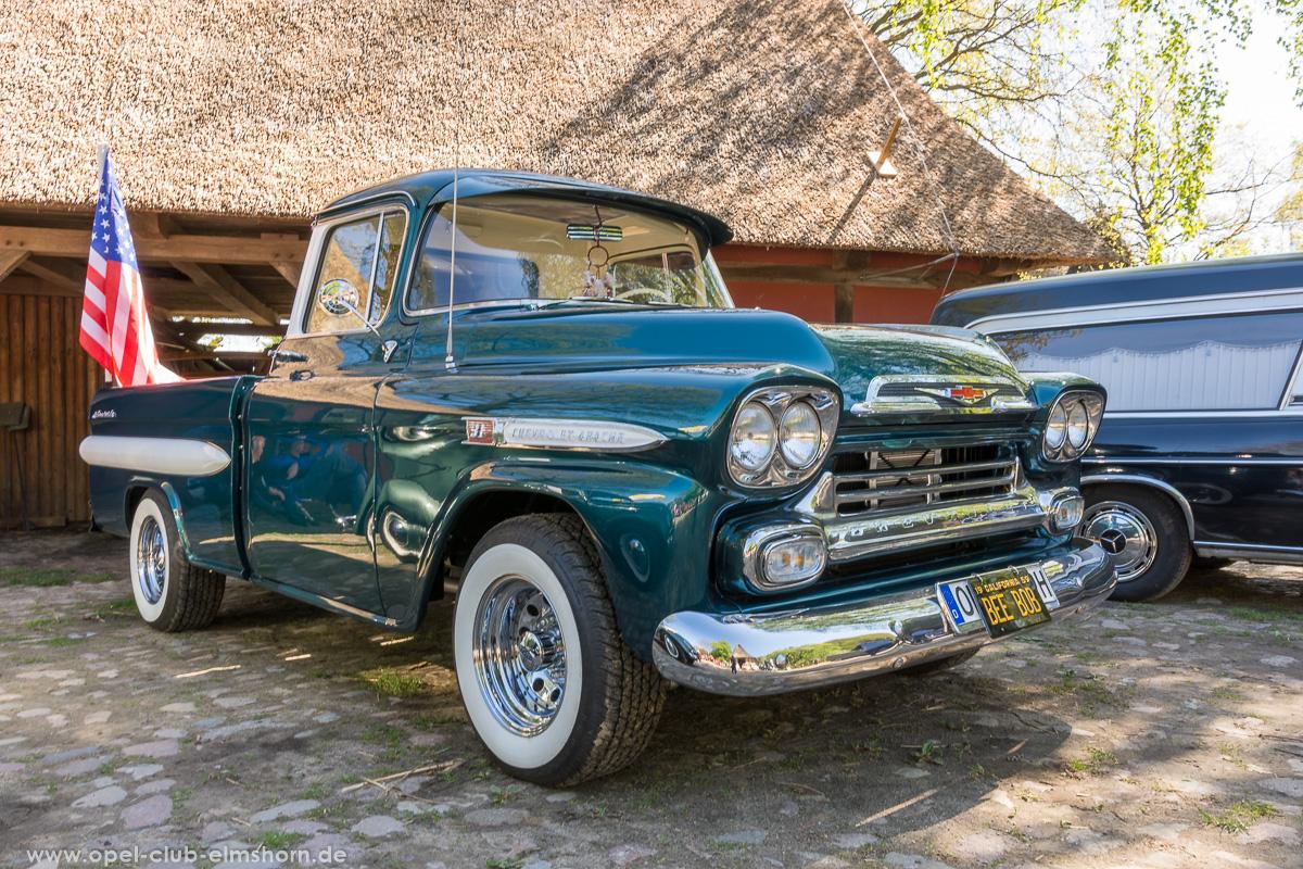 Oldtimertreffen-Rosengarten-2017-20170514_112700-Chevrolet-Apache-Pickup