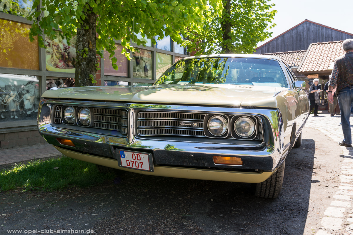 Oldtimertreffen-Rosengarten-2017-20170514_121751-Chrysler-New-Yorker