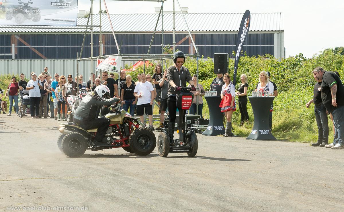 Wings-Wheels-2017-20170730_144616-Stuntshow