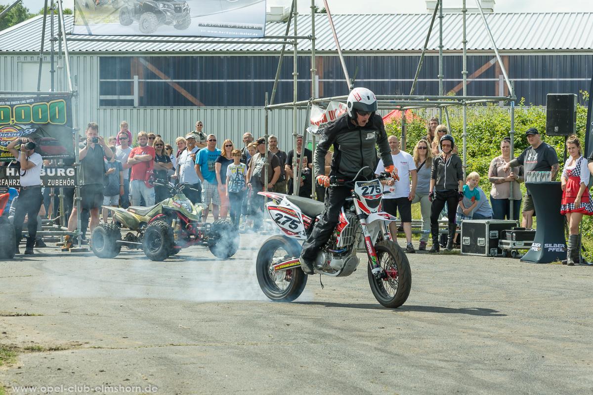 Wings-Wheels-2017-20170730_144913-Stuntshow