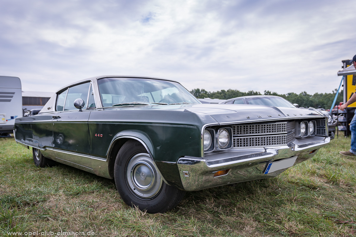Wings-and-Wheels-2018-20180812_120717-Chrysler-New-Yorker