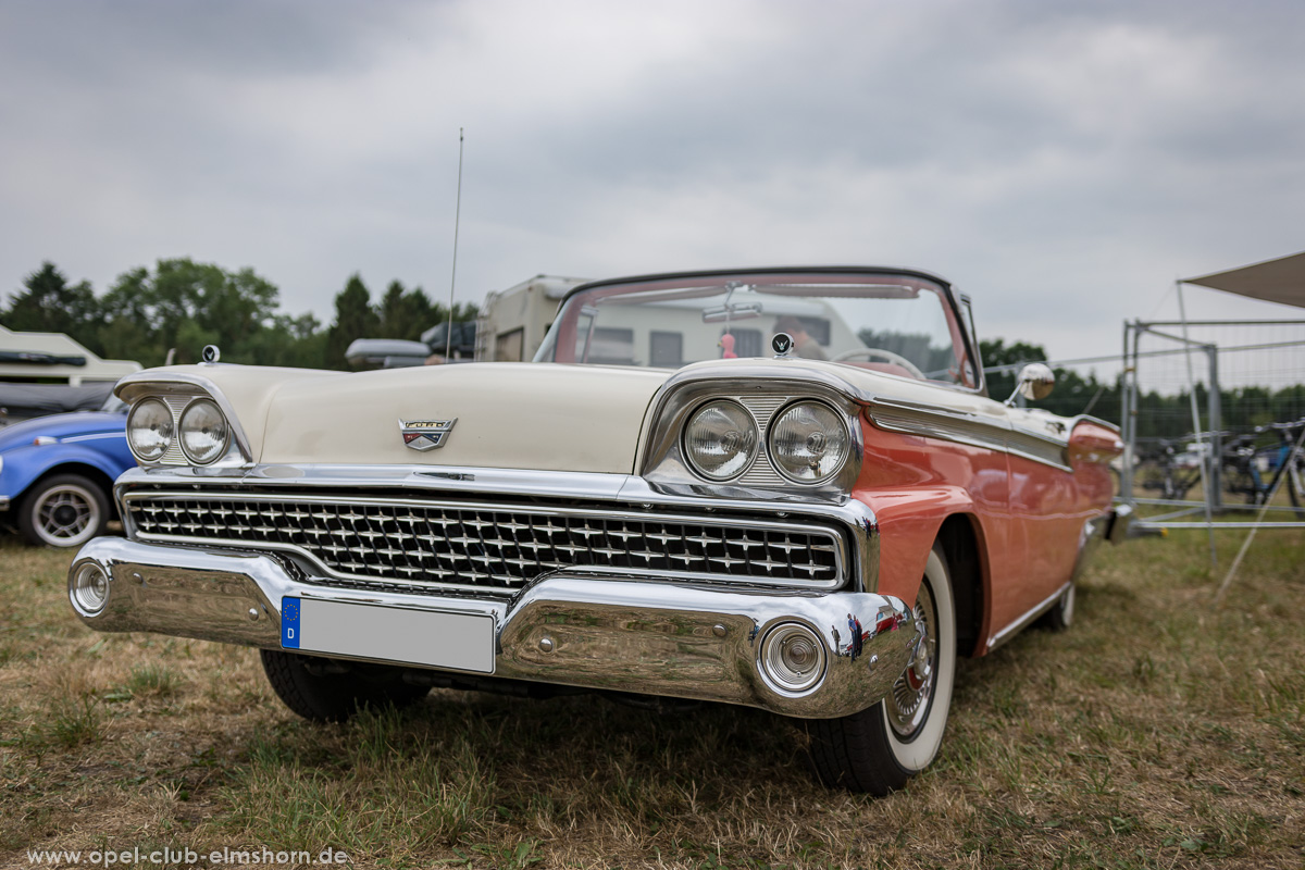 Wings-and-Wheels-2018-20180812_123524-Ford-Fairlane