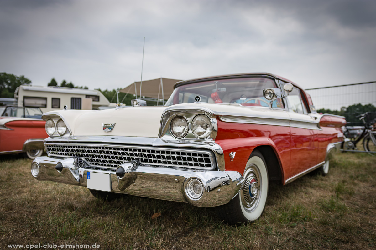 Wings-and-Wheels-2018-20180812_123641-Ford-Fairlane