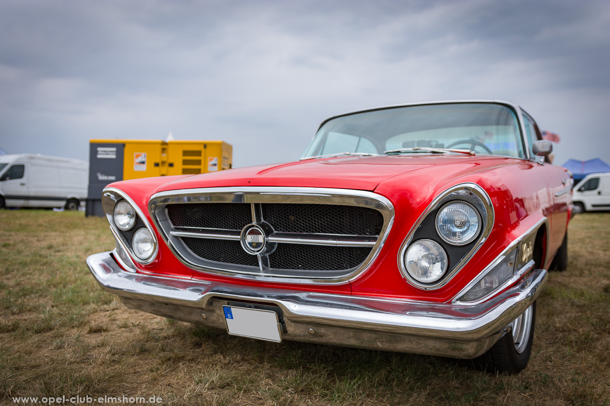 Wings-and-Wheels-2018-20180812_124336-Chrysler-300H