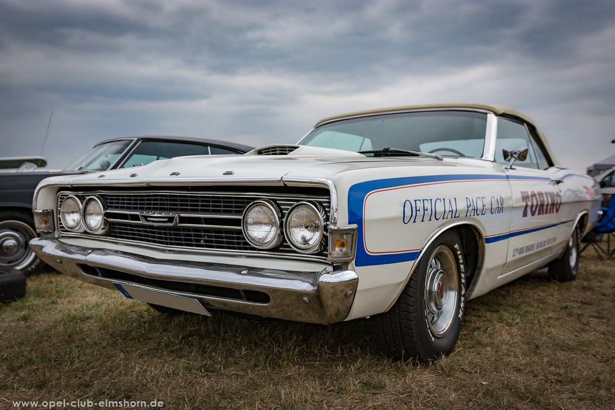 Wings-and-Wheels-2018-20180812_124828-Ford-Torino