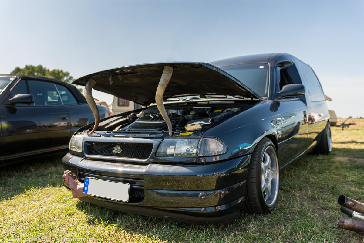 Opel Astra F Leiche